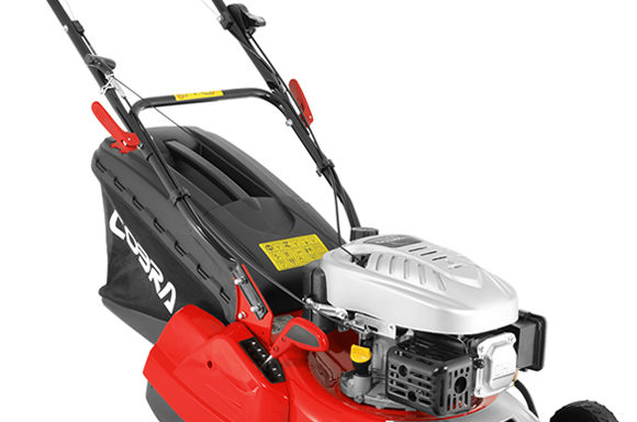 COBRA RM40SPC 16″ Petrol Powered Rear Roller Lawnmower