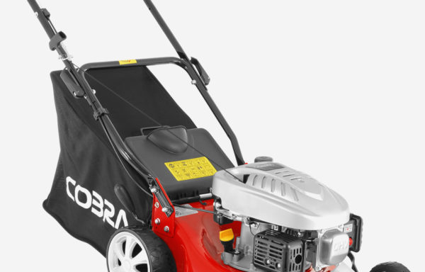 COBRA M40C 16″ Petrol Powered Lawnmower